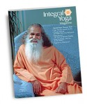 2013 Fall issue of Integral Yoga Magazine, featuring a photo of Swami Satchidananda