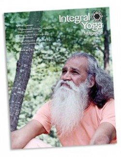Integral Yoga Magazine 2015 Summer cover